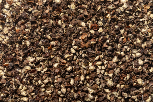 Cracked Black Peppercorns (1 lb.)